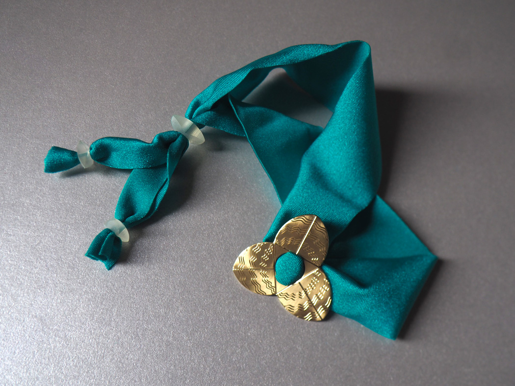 stellag_trivio-M_bracelet-crocher_brass-2